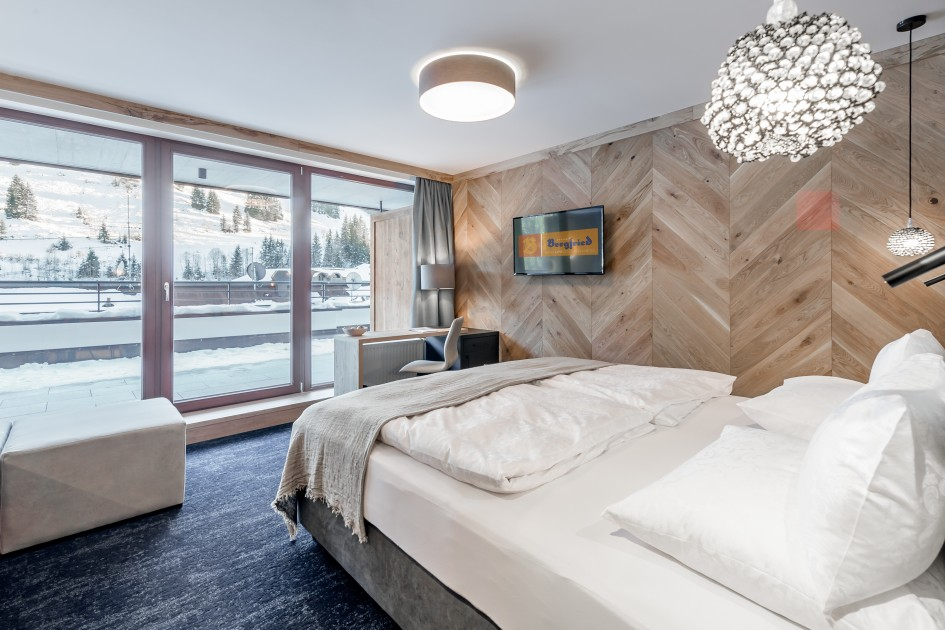 Lifestyle-Suite OVER THE TOP