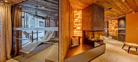 Salt Stone Rest Room