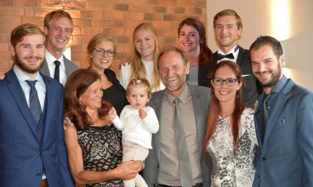 Gruppenfoto von der Bergfried-Familie