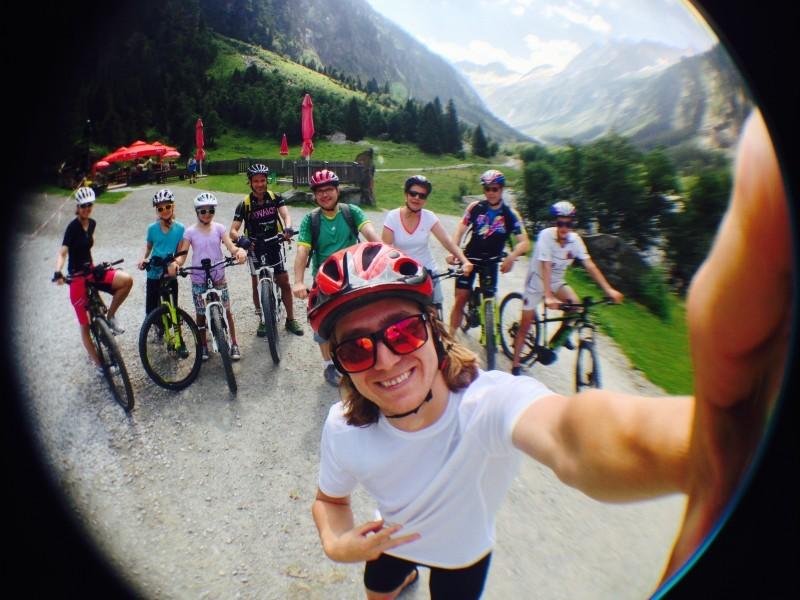 Selfie von Mountainbiker