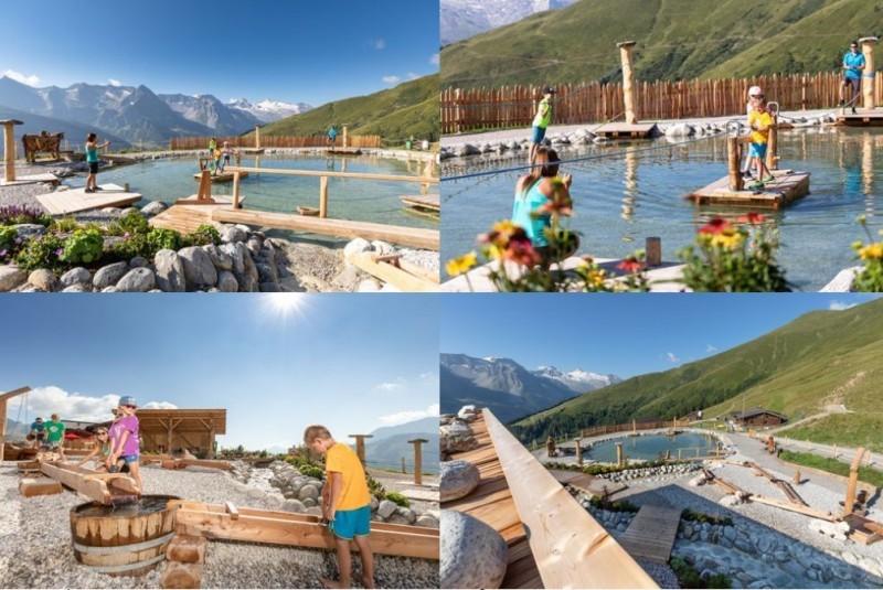 Vier Bilder von Kindern in einem Wasserpark
