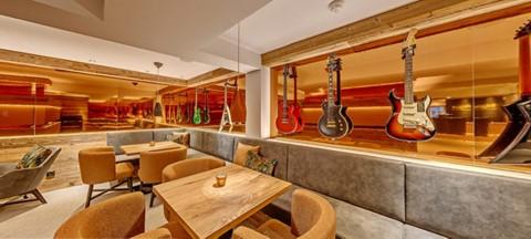 Music Jam Lounge